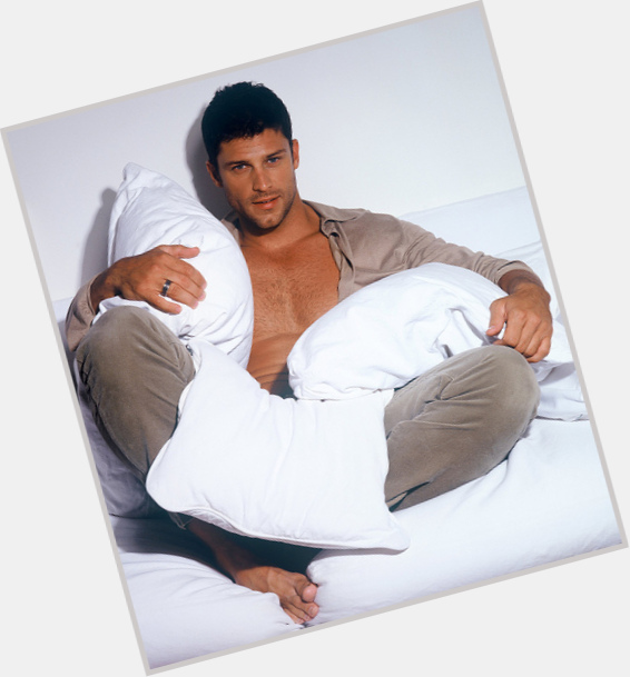 Greg Vaughan exclusive hot pic 4.jpg