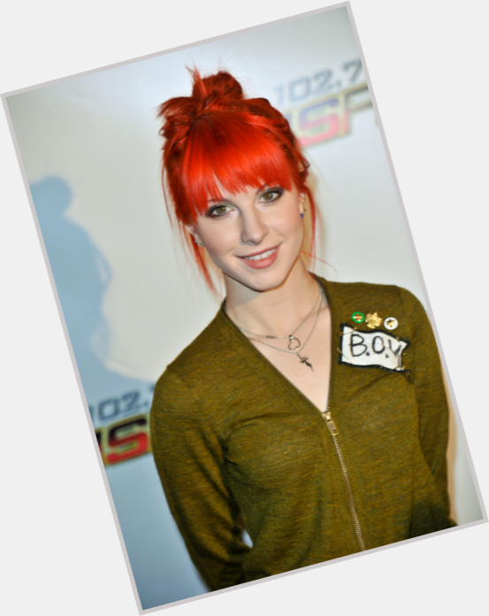 Hayley Williams new pic 10.jpg