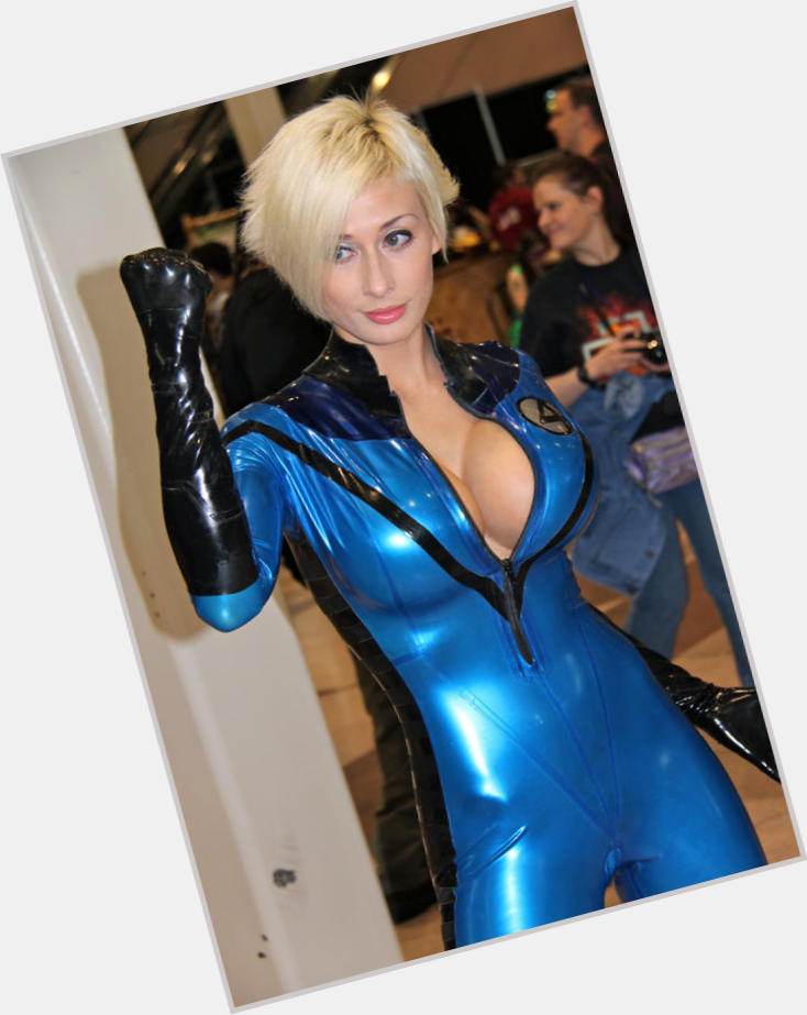 Invisible Woman exclusive hot pic 3.jpg