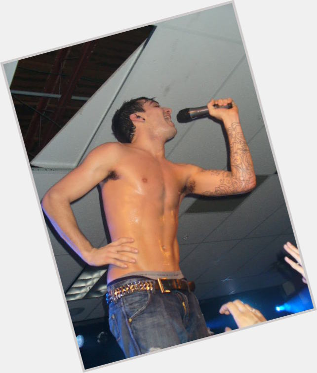Jacob Hoggard full body 11.jpg