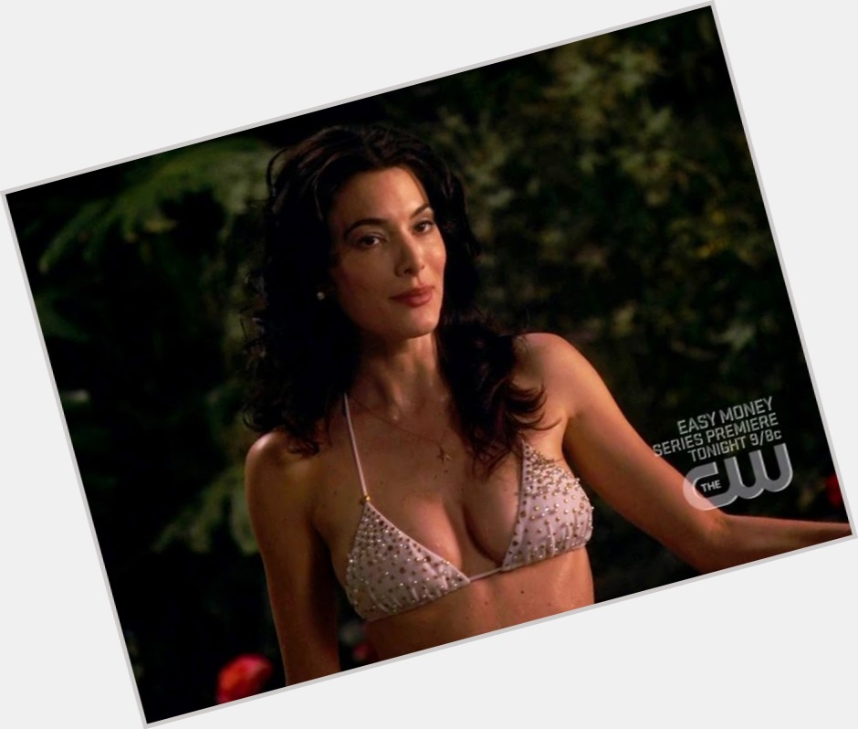 Jaime Murray full body 3.jpg