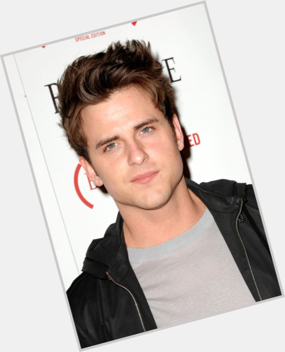 Jared Followill full body 6.jpg