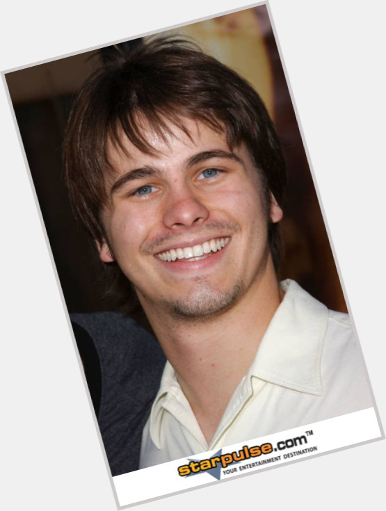 Jason Ritter full body 8.jpg