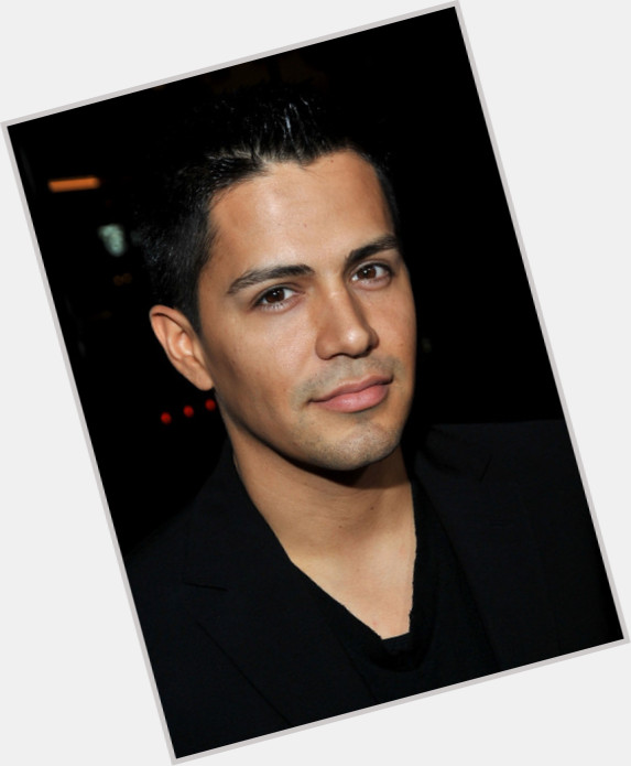 hernandez singles Jay hernandez news, gossip, photos of jay hernandez, biography, jay hernandez girlfriend list 2016 relationship history jay hernandez relationship list.