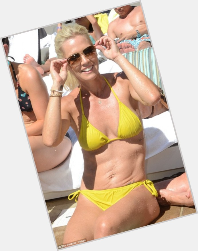 Jennie Garth body 10.jpg