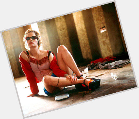 Jennifer Jason Leigh Official Site For Woman Crush