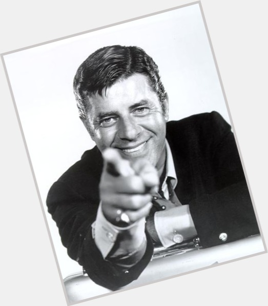 Jerry Lewis full body 5.jpg
