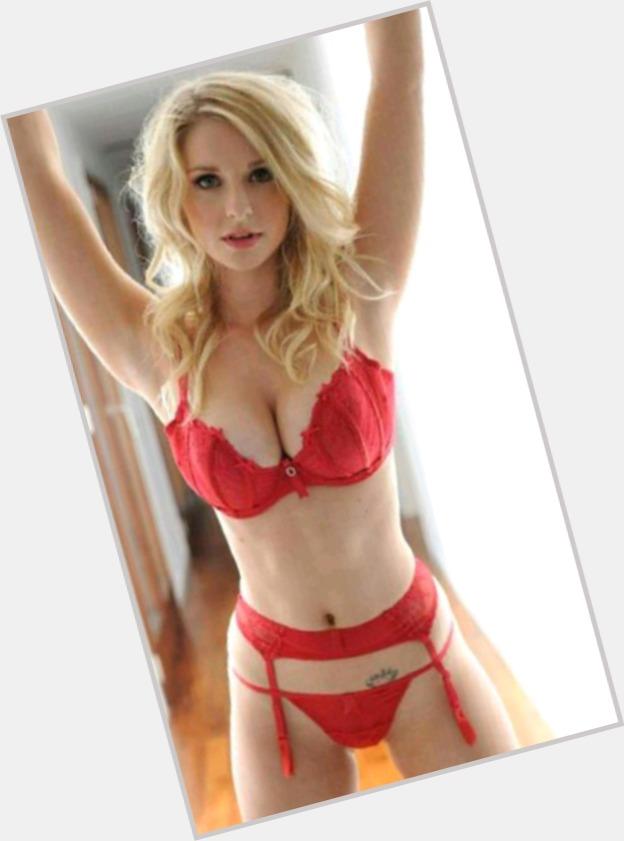 Best flirt online dating websites find love single womenampmen