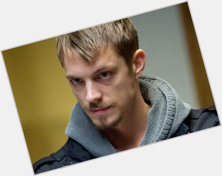 Joel Kinnaman exclusive hot pic 3.jpg