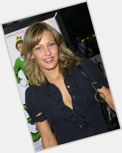 Is renee zellweger dating anyone Who is Bradley Cooper dating? Bradley Cooper girlfriend, wife