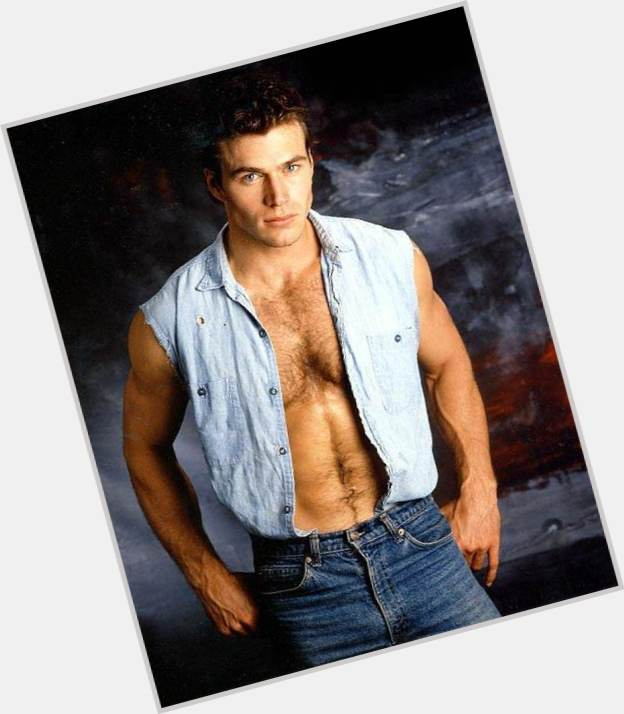 Jon Erik Hexum full body 10.jpg