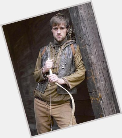 Jonas Armstrong full body 5.jpg