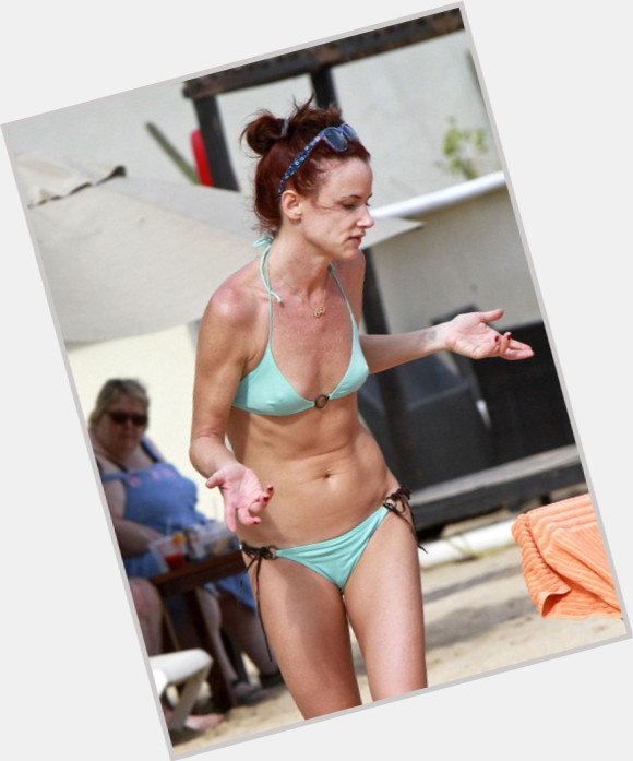 Juliette Lewis full body 7.jpg
