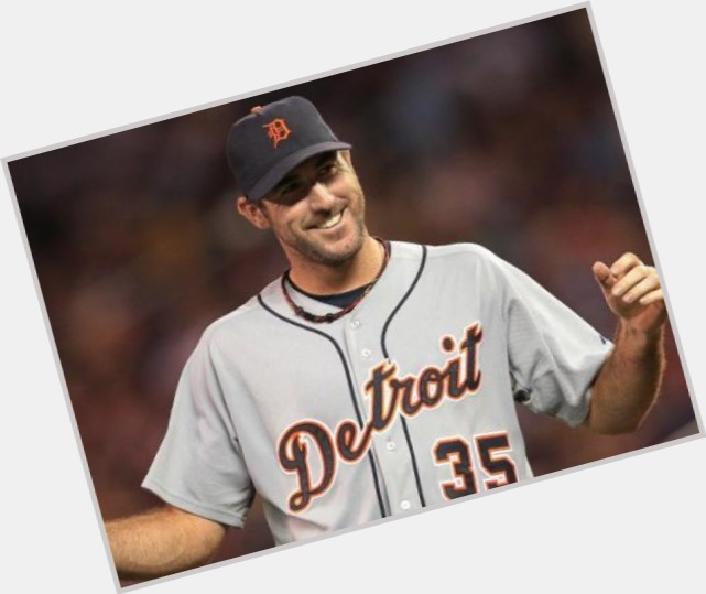 Justin Verlander full body 7.jpg