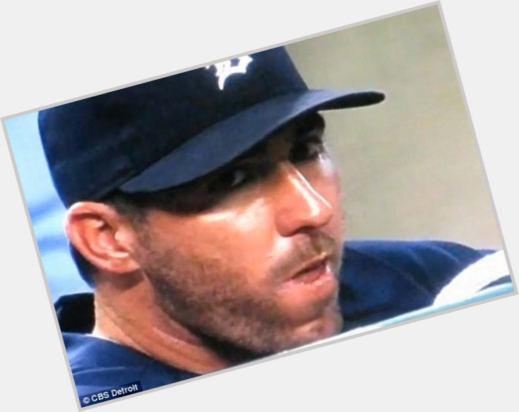 Justin Verlander full body 8.jpg