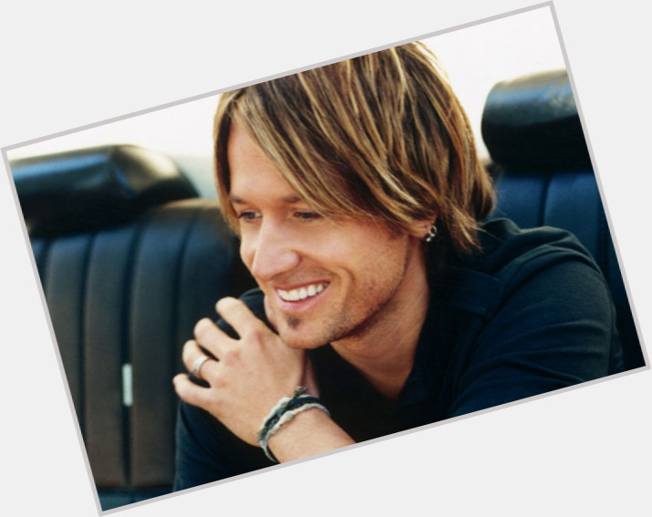 Keith Urban full body 1.jpg