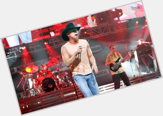 Kenny Chesney exclusive 11.jpg