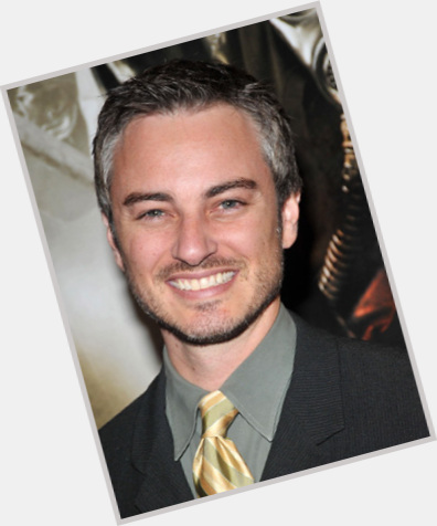 Kerr Smith full body 5.jpg