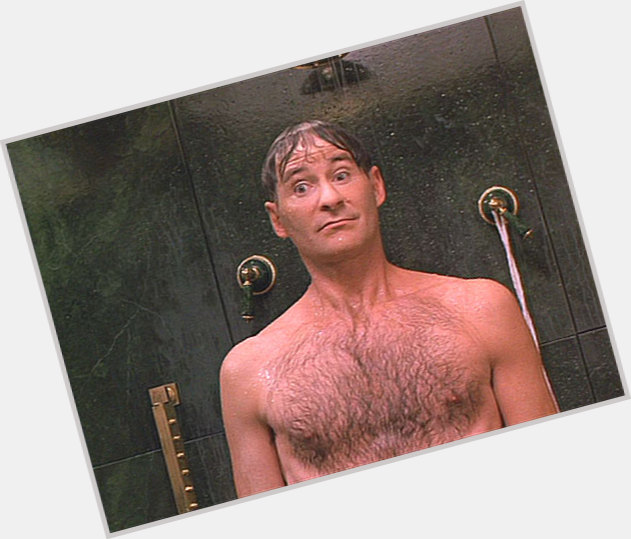 Kevin Kline full body 5.jpg