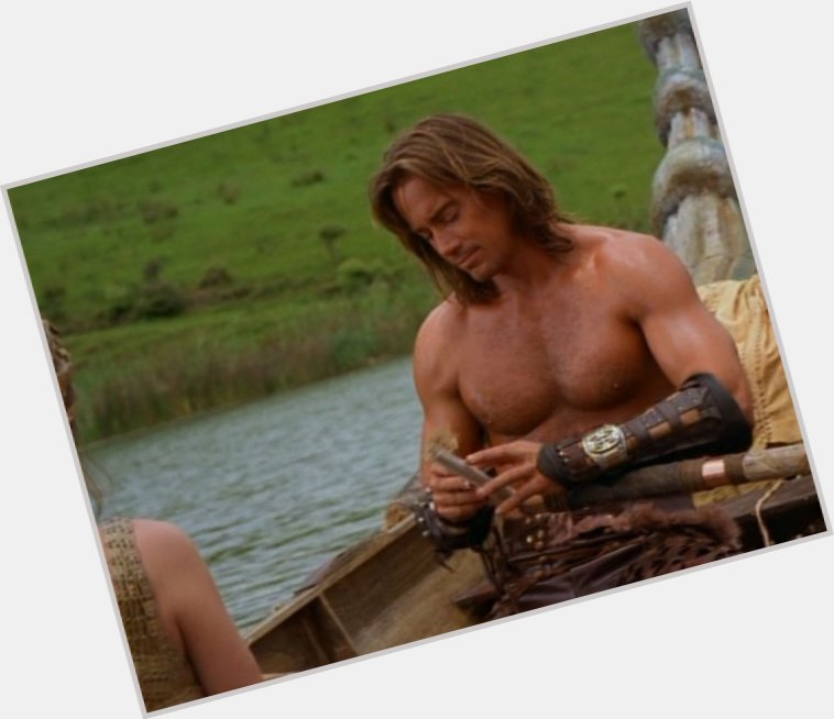 Kevin Sorbo full body 8.jpg