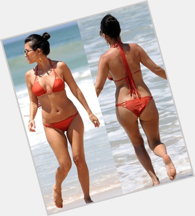 Kourtney Kardashian full body 6.jpg