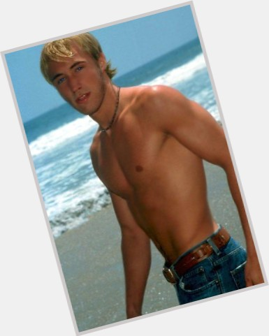 Kyle Lowder exclusive hot pic 9.jpg