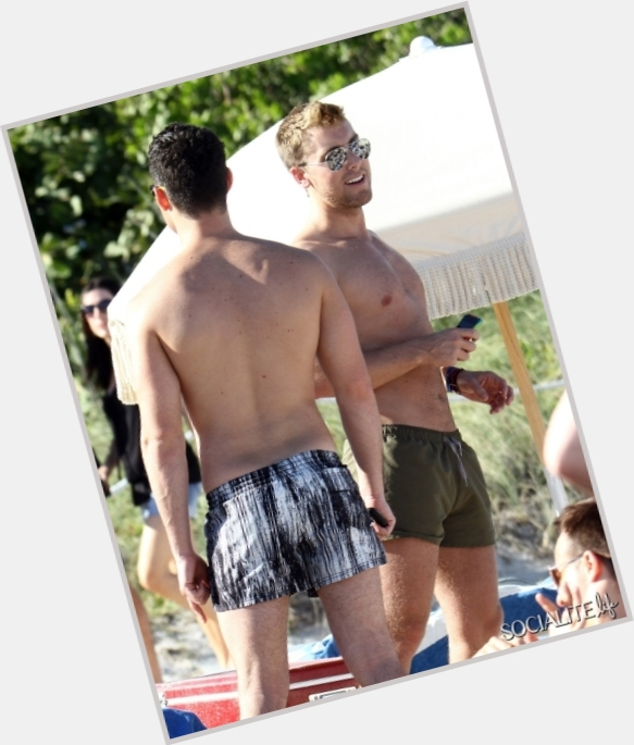 Lance Bass exclusive hot pic 4.jpg