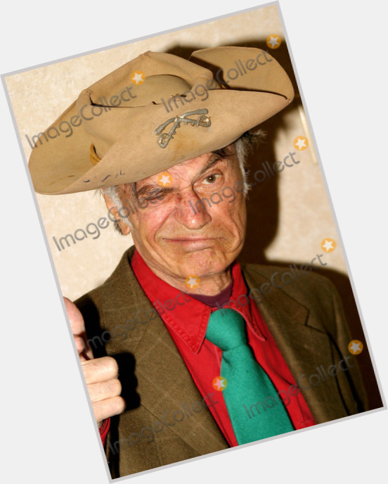 how tall is larry storch