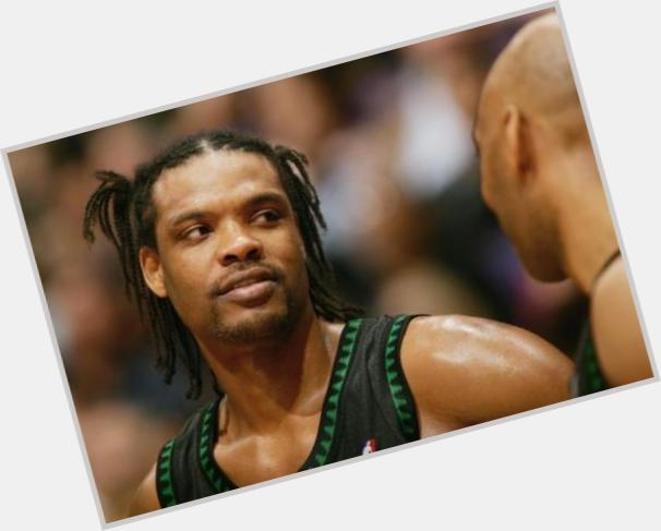 Latrell Sprewell dating 9.jpg