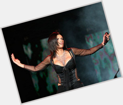 Laura Pausini new pic 4.jpg