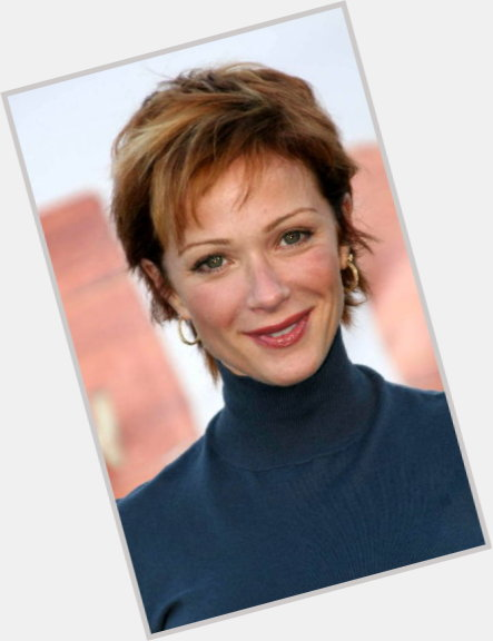 Lauren Holly full body 1.jpg