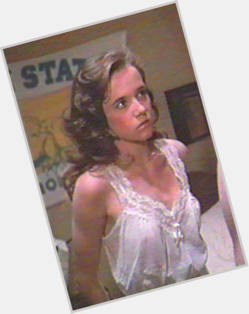 Lea Thompson young 11.jpg