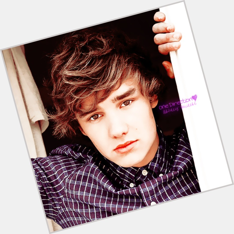 Liam Payne full body 8.jpg