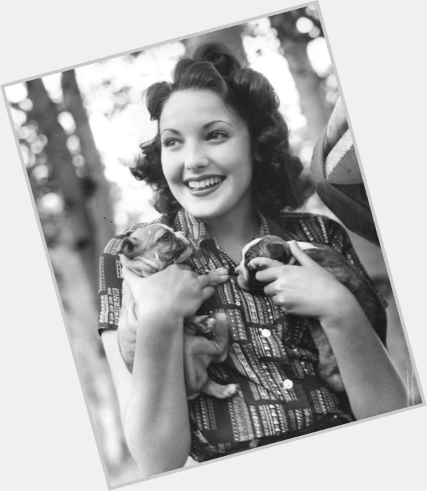 Linda Darnell young 10.jpg