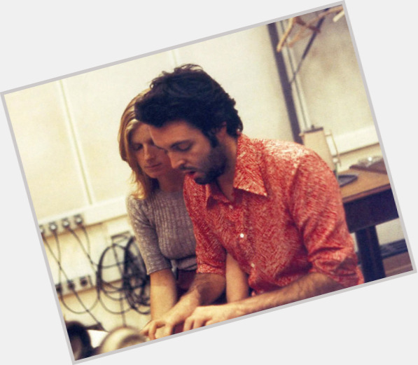 Linda Mccartney exclusive hot pic 11.jpg