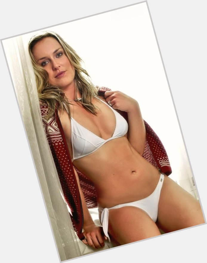 Lindsey Vonn full body 3.jpg