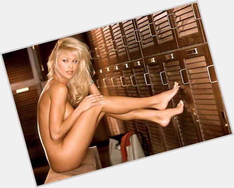 Lisa Dergan | Official Site for Woman Crush Wednesday #WCW: www.mancrushes.com/hot-women/lisa-dergan/is-she-bi-2014