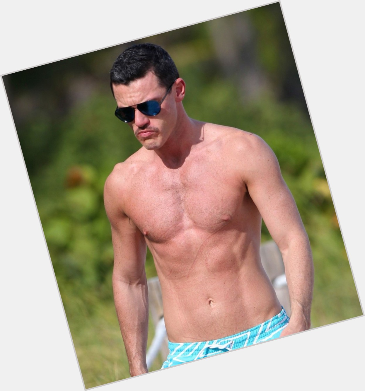 Luke Evans exclusive hot pic 5.jpg