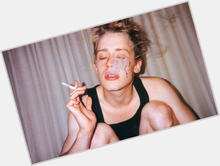 Macaulay Culkin full body 1.jpg