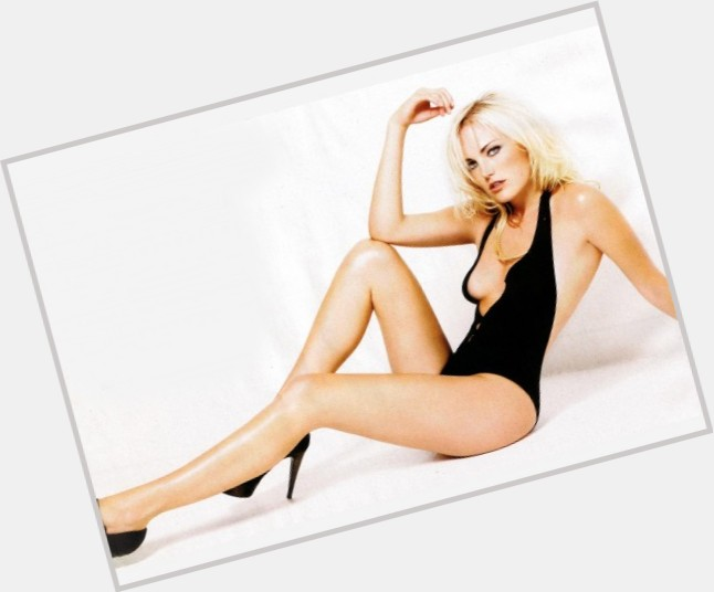 Malin Akerman new pic 5.jpg