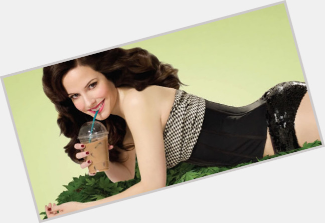 Mary Louise Parker full body 10.jpg