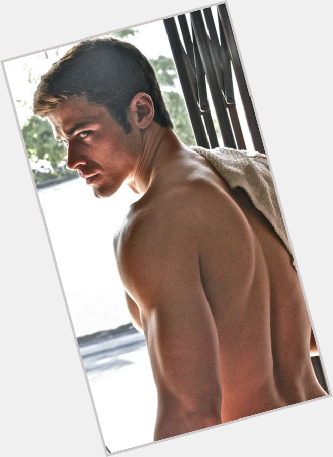 Matt Cohen exclusive hot pic 11.jpg