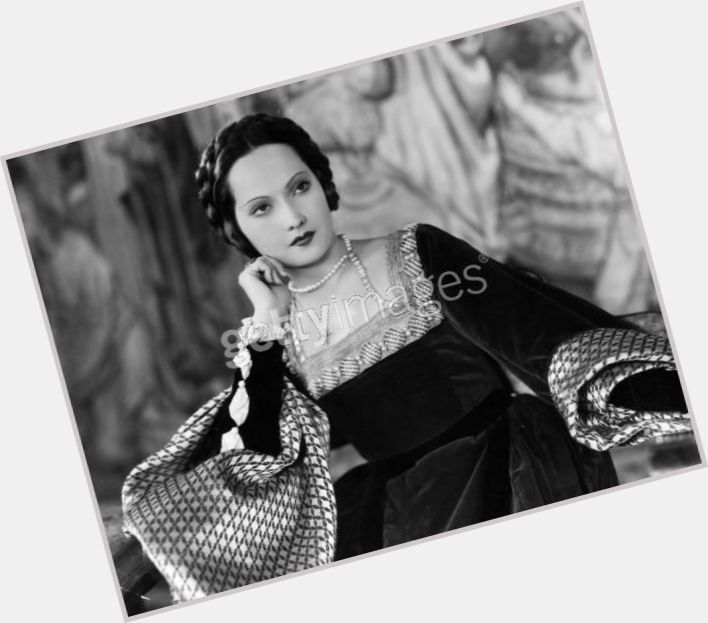 Merle Oberon dating 3.jpg