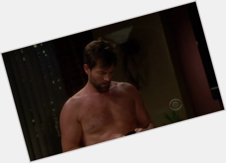 Michael Muhney exclusive hot pic 4.jpg