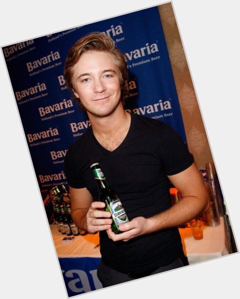 Michael Welch new pic 9.jpg