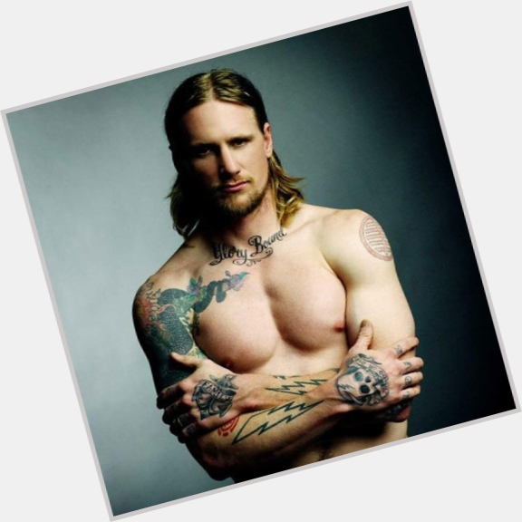 Mike Vallely sexy 9.jpg