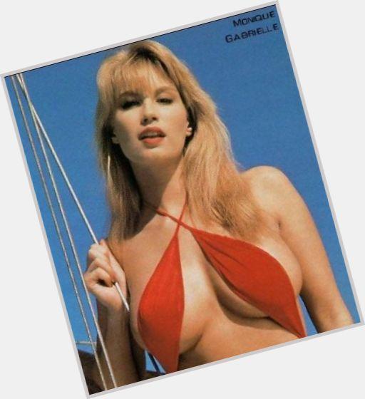 aunty in string bikini