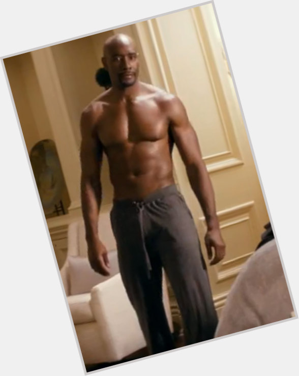 Morris Chestnut dating 5.jpg