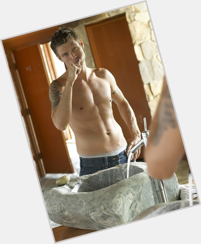 Nick Carter body 2.jpg