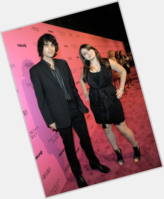 Nick Simmons full body 8.jpg